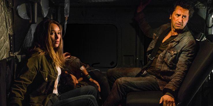 Fear The Walking Dead Killed Travis In Season 3 - Here's Why