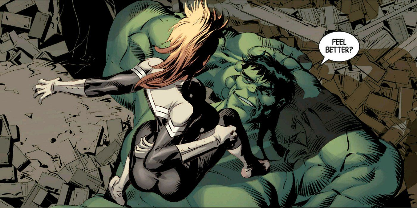 captain marvel vs hulk