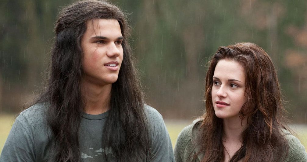 TV and Movie News Twilight: 25 Crazy Revelations About Bella and