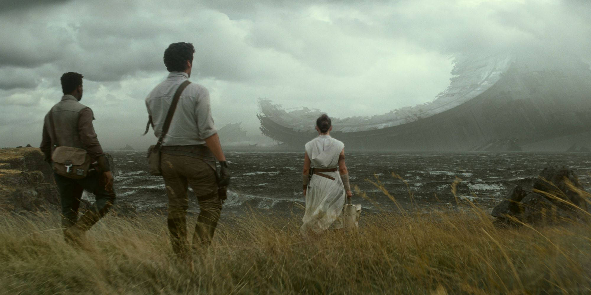 Star Wars 9 Trailer Yes That S The Death Star On Endor