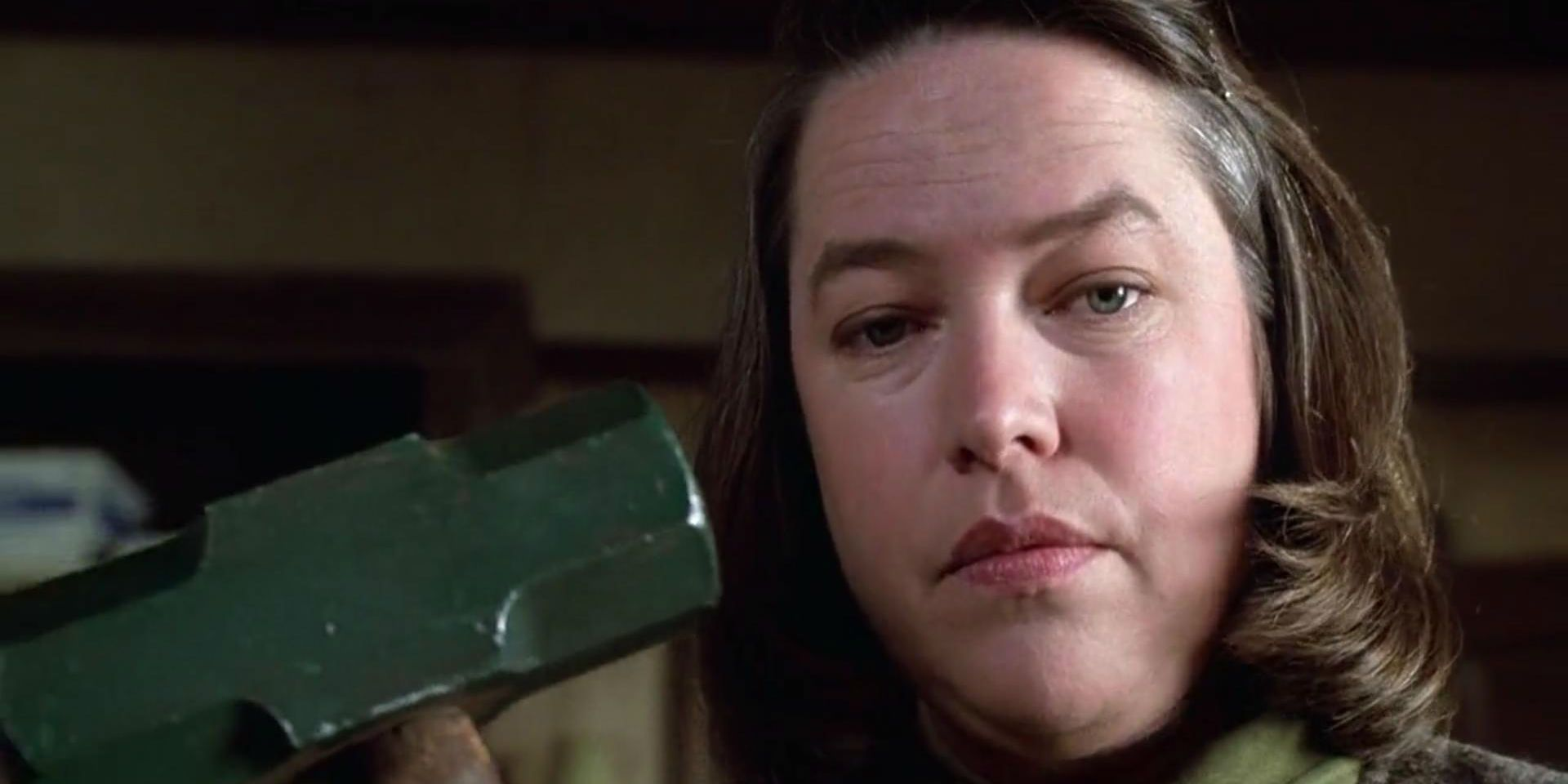 Misery's Infamous Hobbling Scene Is MUCH Worse in Stephen ...
