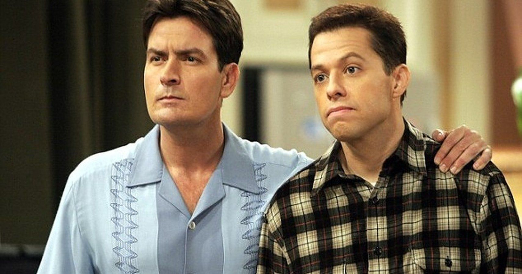 Two And A Half Men: 10 Hidden Details About Charlie's House