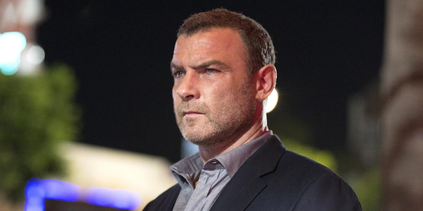 A Ray Donovan Movie Is In Development At Showtime | Screen Rant