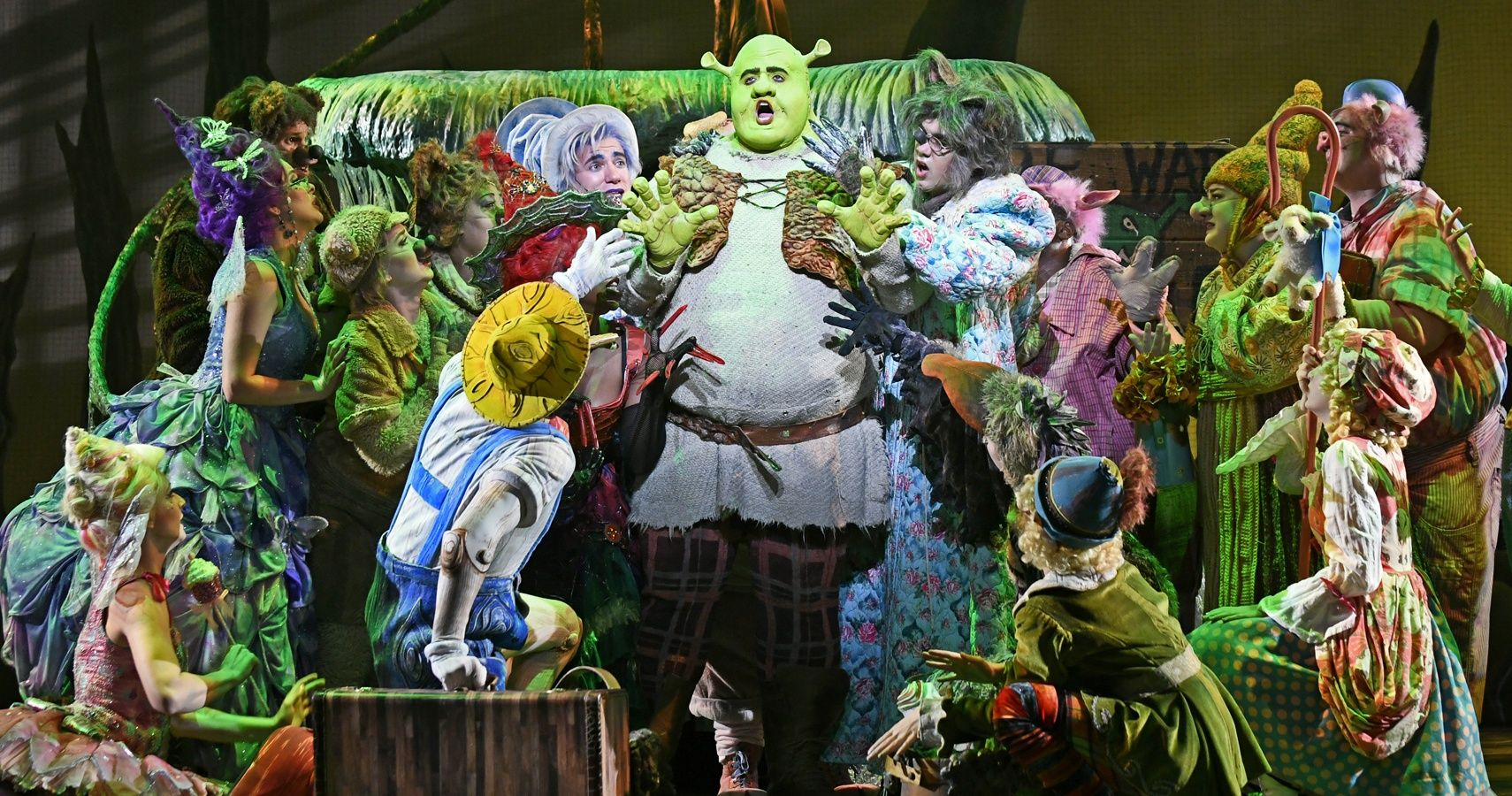 Shrek The Musical: 10 Changes from Screen to Stage
