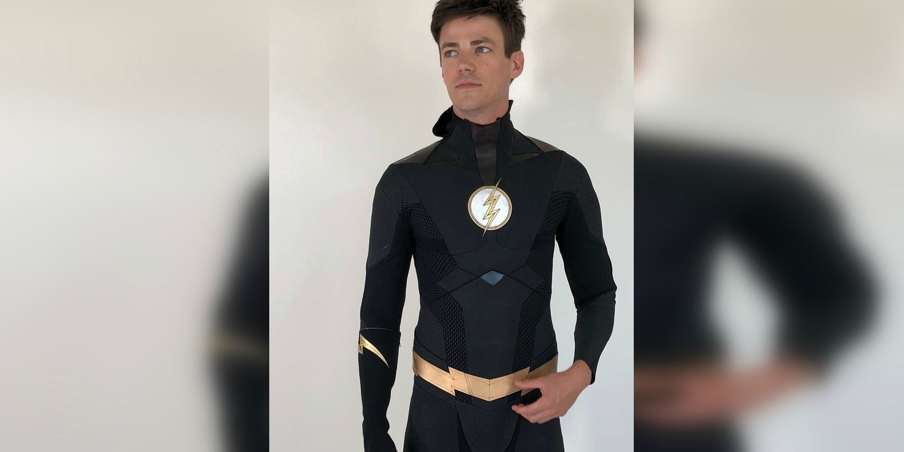 The Flash S Black Suit Is So Cool Looking We Wish It Was Real
