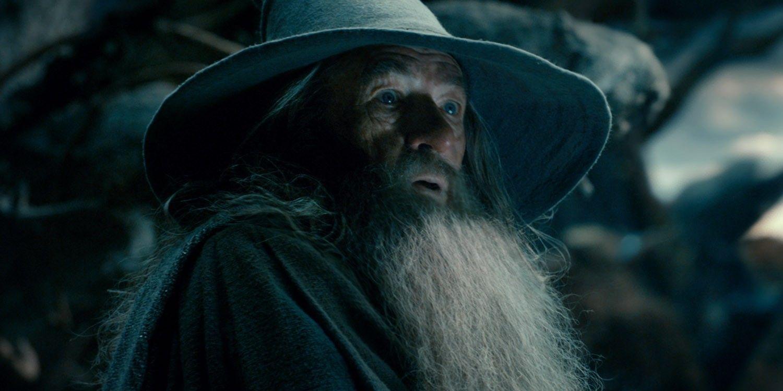 O que aconteceu entre O Hobbit e O Senhor dos Anéis 4
