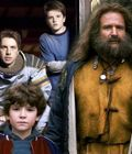 How Zathura Connects To Jumanji Is It A Sequel Screen Rant