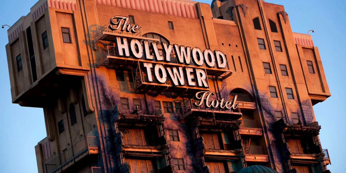 Disney: The 10 Most Iconic Rides In Disney Park History