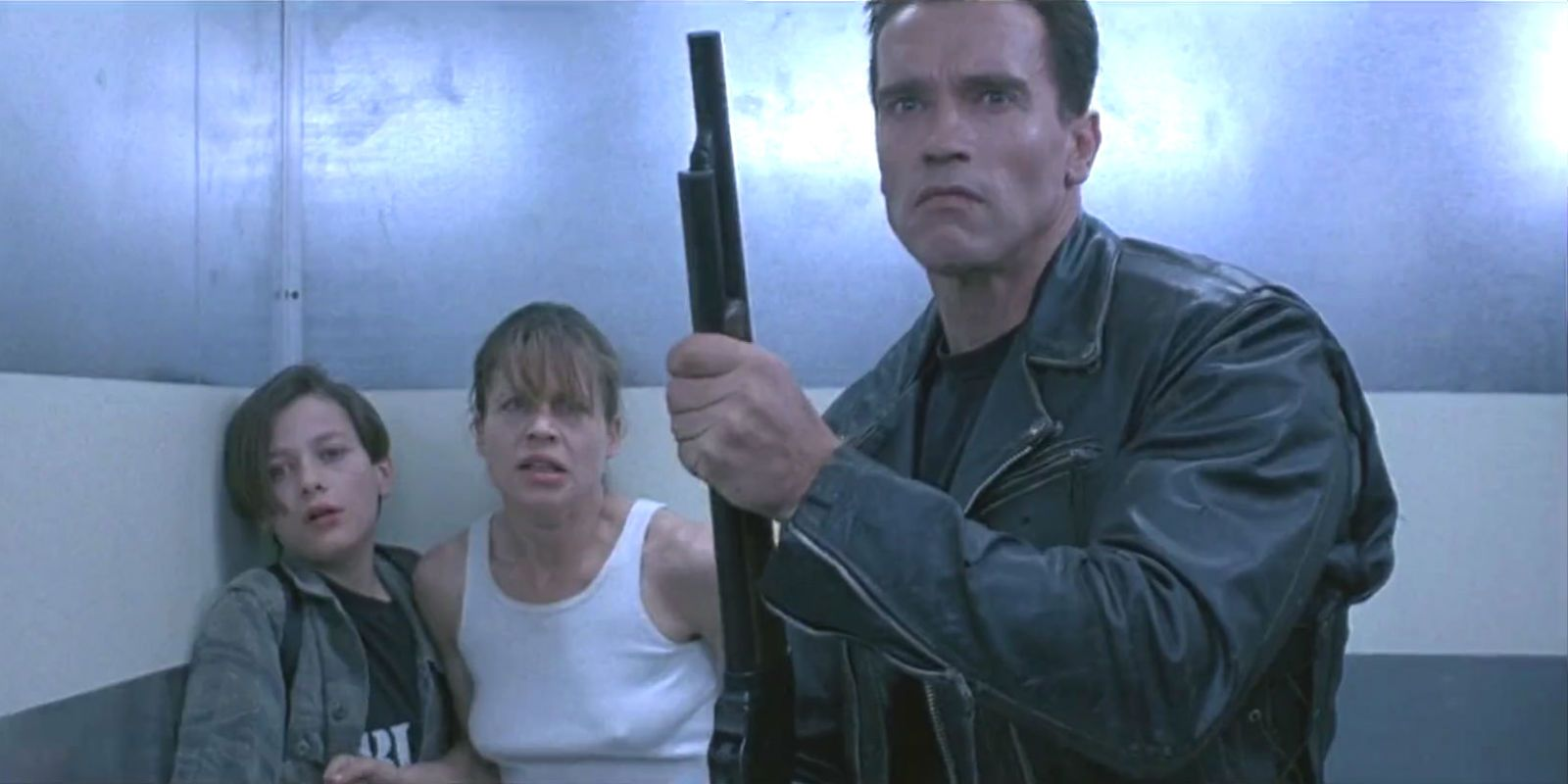 The Classic Terminator 2 Scene That Permanently Injured Linda Hamilton