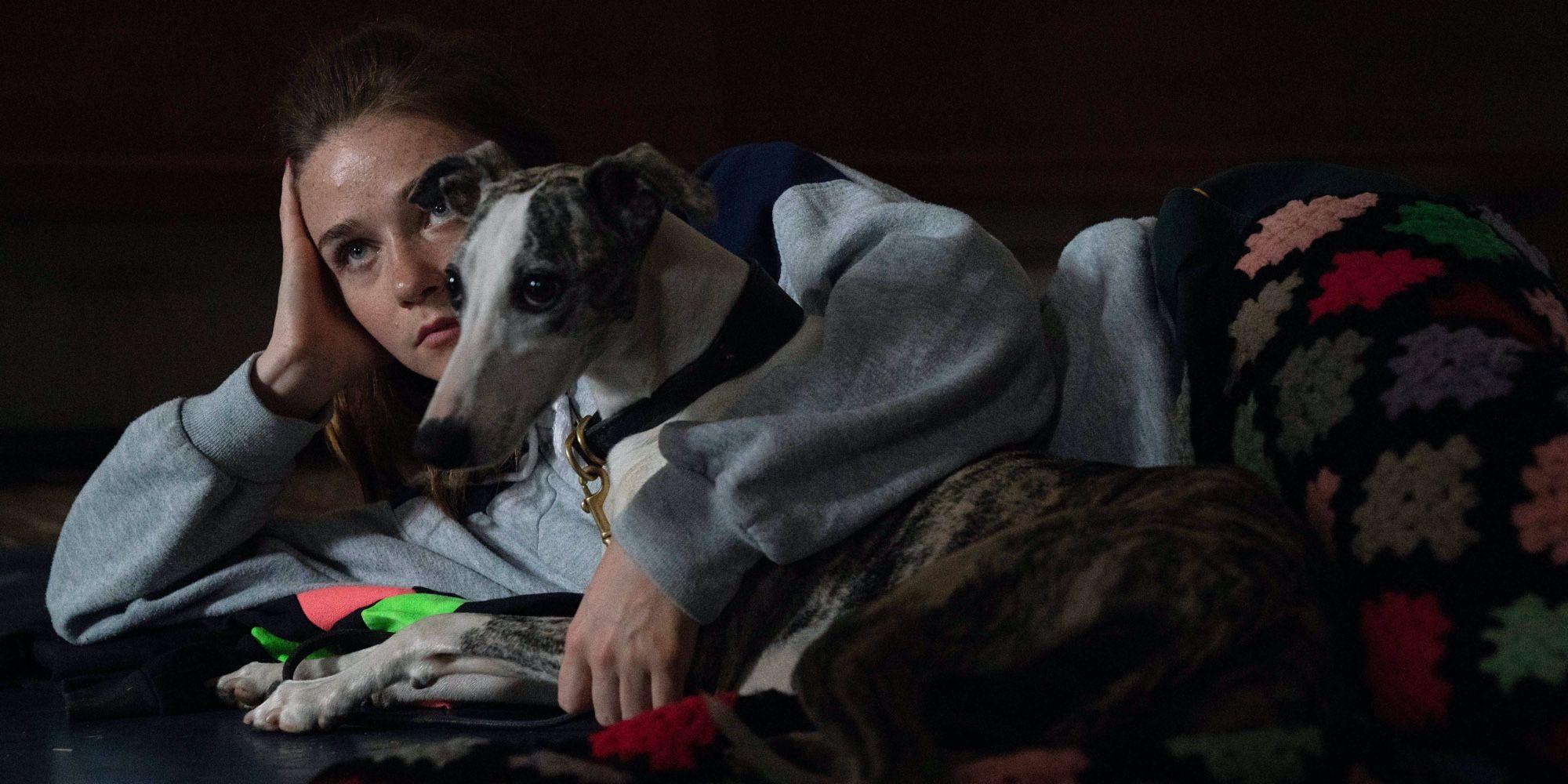 Jessica Barden Interview: Jungleland   Screen Rant