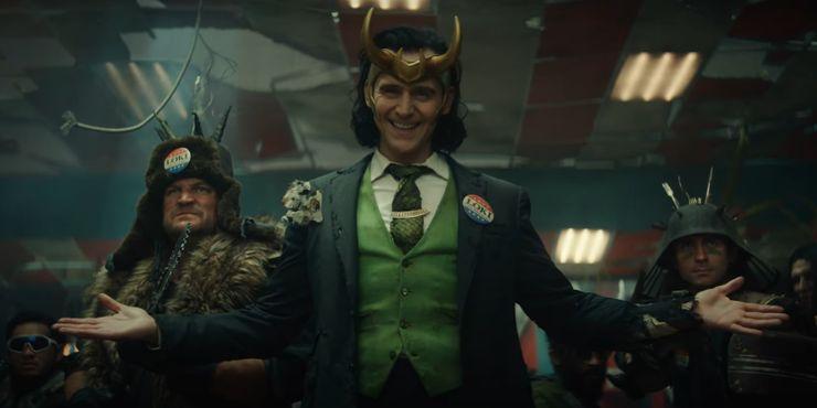 https://static2.srcdn.com/wordpress/wp-content/uploads/2020/12/Tom-Hiddleston-in-Loki-trailer.jpg?q=50&fit=crop&w=740&h=370&dpr=1.5
