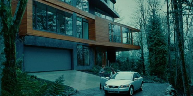 Twilight How The Cullens Hide Their Wealth Is It A Plot Hole