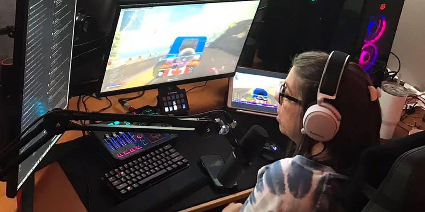 Warzone Grandma Shows Off Sniping Skills In Viral <b>TikTok</b> Montage thumbnail